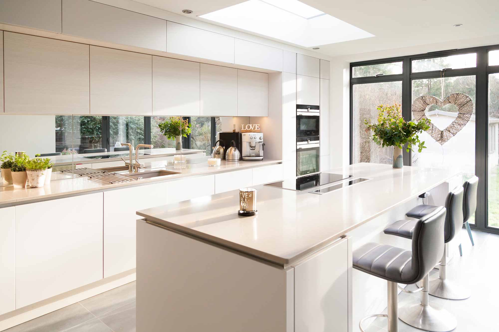 charlton kings kitchen project kitchens cirencester voga. Black Bedroom Furniture Sets. Home Design Ideas