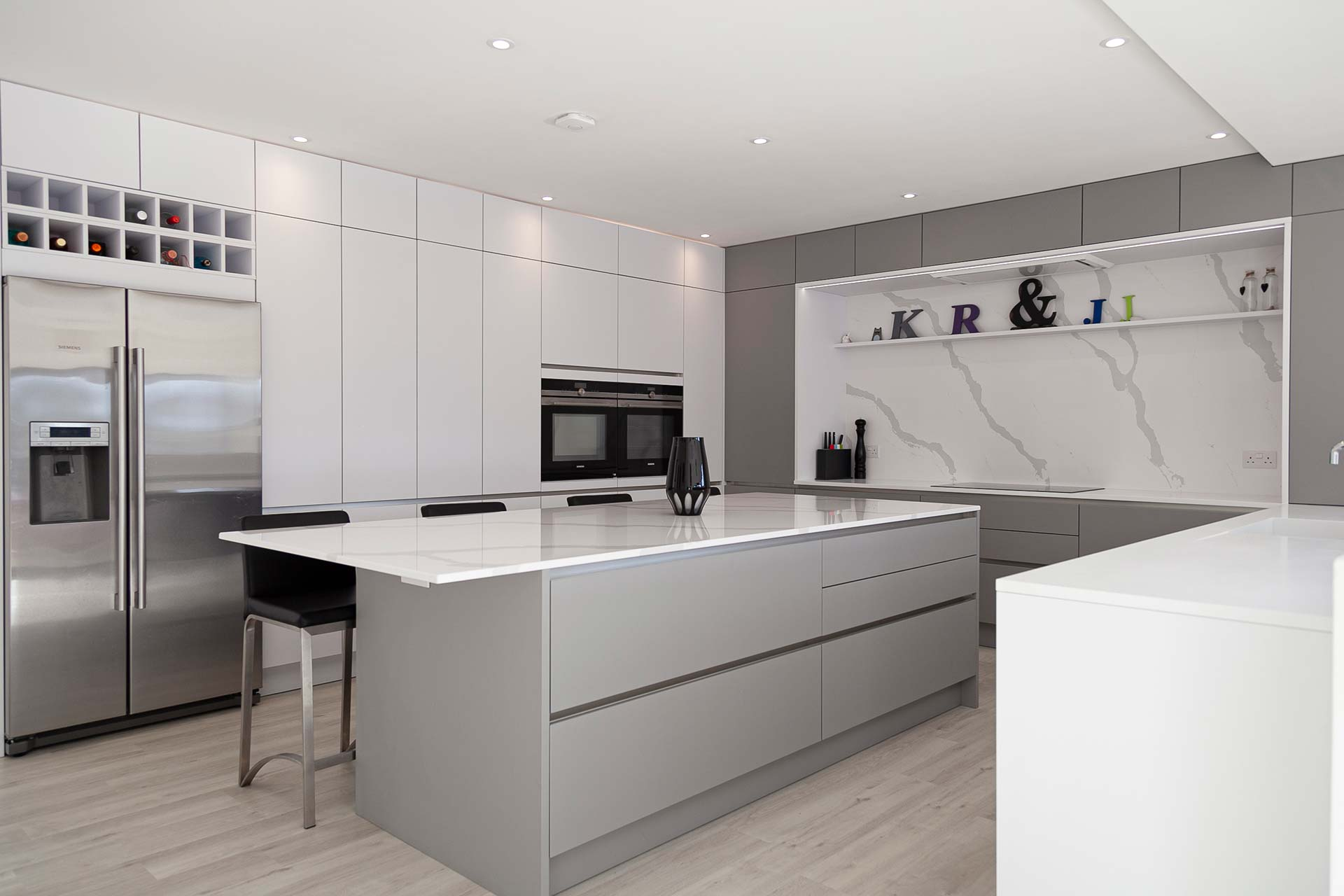 Voga Contemporary Kitchens